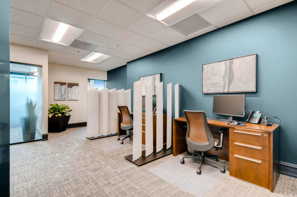 Boulder office open dividers with wooden desks